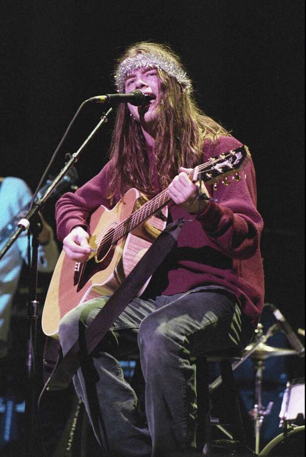 Blind Melon lead singer Shannon Hoon died of a cocaine overdose in 1995. The band reunited in 2006 with a new lead singer, Travis Warren. Photo: KELLY A. SWIFT, AP / ORANGE COUNTY REGISTER