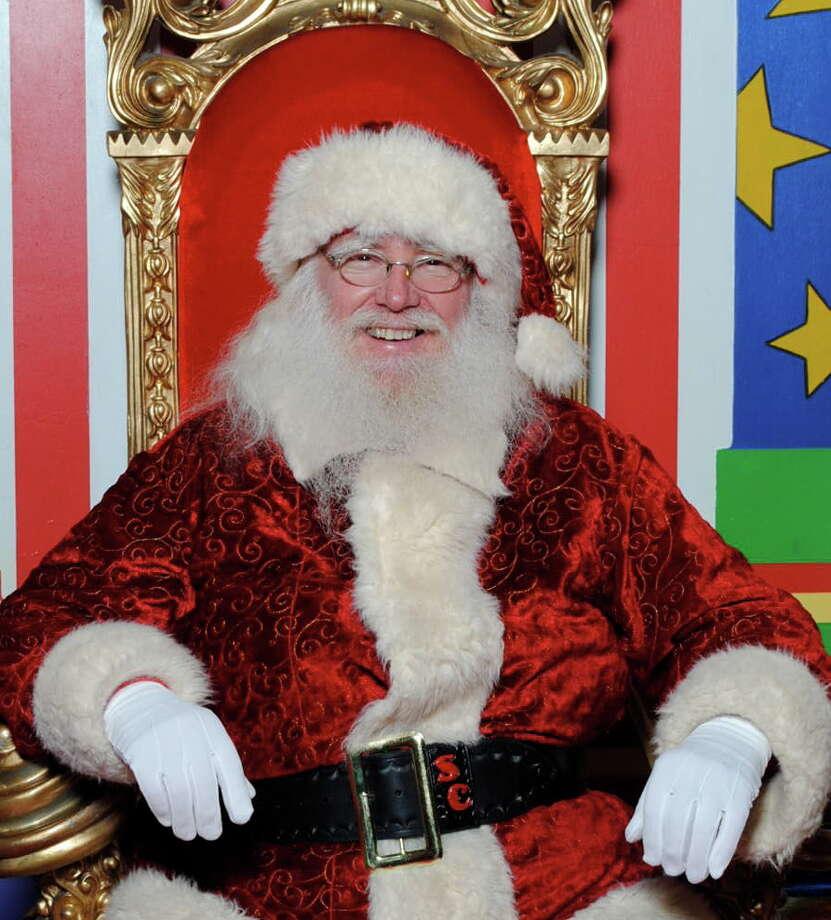 Santa Claus arrives Nov. 9 at Deerbrook Mall in Humble. Photo: Deerbrook Mall Photo
