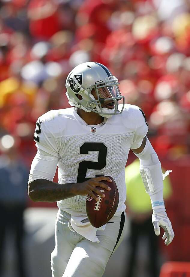 Raiders QB Terrelle Pryor says Steelers coach Mike Tomlin offered to draft him. Photo: Ed Zurga, Associated Press