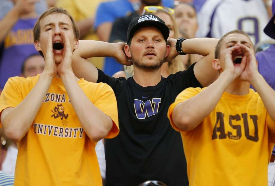 "Five things to watch: California Golden Bears (1-6) at Washington Huskies (4-3) Saturday, Oct. 26 | 8 p.m. PDT | Husky Stadium | TV: Fox Sports 1  My, what a difference a month makes -- how different things look for the Washington Huskies football team than they did just a few short weeks ago.  Then, the team was 4-0, ranked No. 15 in the country with a chance to prove itself on a national stage in back-to-back contests against top-flight opponents. Now, the team is reeling after a three-game losing skid, including last Saturday's embarrassing showing at Arizona State in a 53-24 loss that left Huskies fans shocked and looking for answers.  That defeat marked the fifth time in Steve Sarkisian's five-year tenure in Montlake that the team posted a losing streak of at least three games. And after a dream start to the season, many now wonder if ""Seven Win Steve"" is the man to lead the program over the plateau of mediocrity on which the Huskies seems to be stuck.  If Washington is to salvage its season, the team must put together impressive performances down the stretch. That starts on Saturday against a clearly inferior Cal team. The tilt against the Golden Bears, whose only win came against FCS foe Portland State, represents an opportunity for the Dawgs to ""get well"" in a big way. But anything less than a convincing win – Washington is favored by as much as 26.5 points – would be a huge disappointment, with questions about the team's long-term future continuing to hang over the program.  Click through the gallery to see what we'll be looking for in Washington's latest must-win Pac-12 matchup. Photo: Matt York, Associated Press"