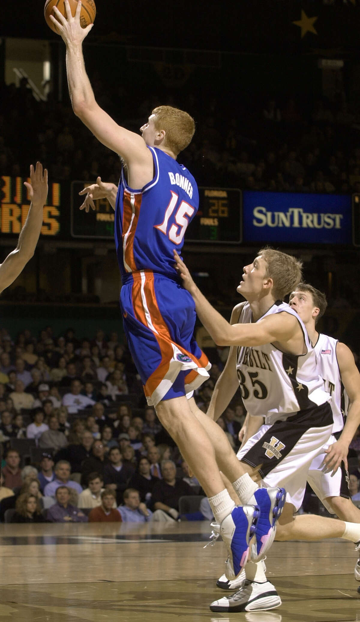 Matt Bonner, Florida Mar. 18, 2001: No. 11 Temple defeats No. 3 Florida 75-54 in Round of 32 Bonner didn't have a lot of tournament success in his four years with the Gators. Florida made a run to the National Championship game his freshman season, but he played sparingly.  His