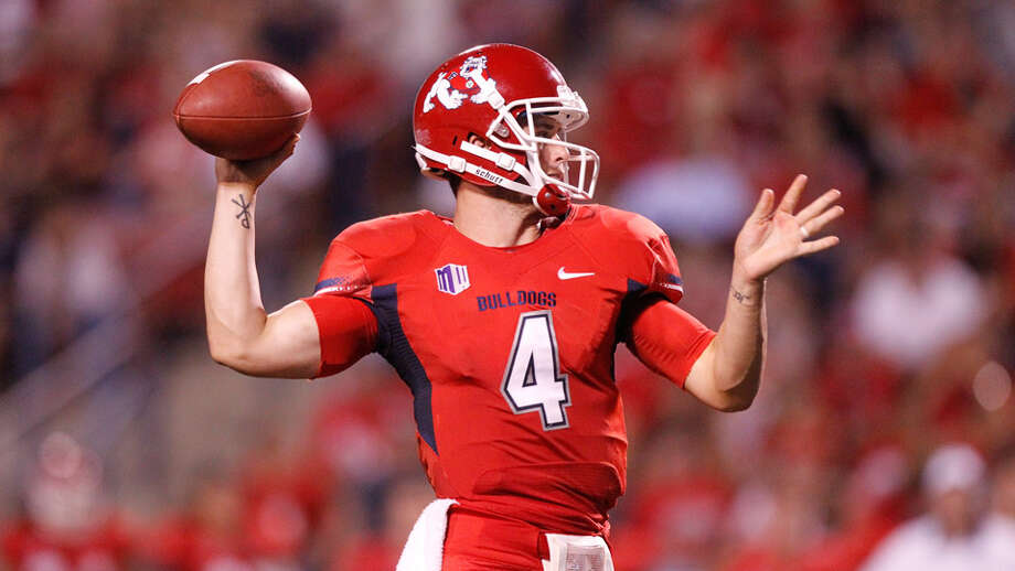 David Carr's younger Brother Derek aims to keep Fresno St. unbeaten and aiming for big-time BCS bowl bid.