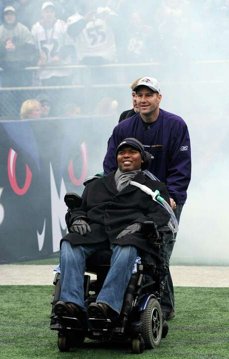 "O.J. Brigance talks about life and his battle with Lou Gehrig's disease in his new book ""Strength of a Champion."" Photo: Steve Ruark, FRE / AP2013"