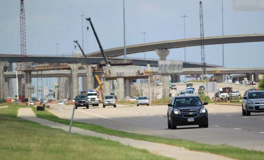 New overpass at the intersection of   I-10 and the Grand Parkway, near Cinco Ranch,  Monday, June 10, 2013, in Katy. Photo: Karen Warren, Houston Chronicle / © 2013 Houston Chronicle