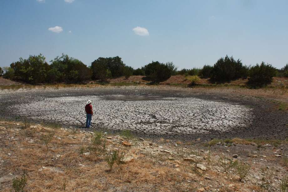Dry ranch stock pond near Gatesville in Coryell County. (Photo by Jill Davis)