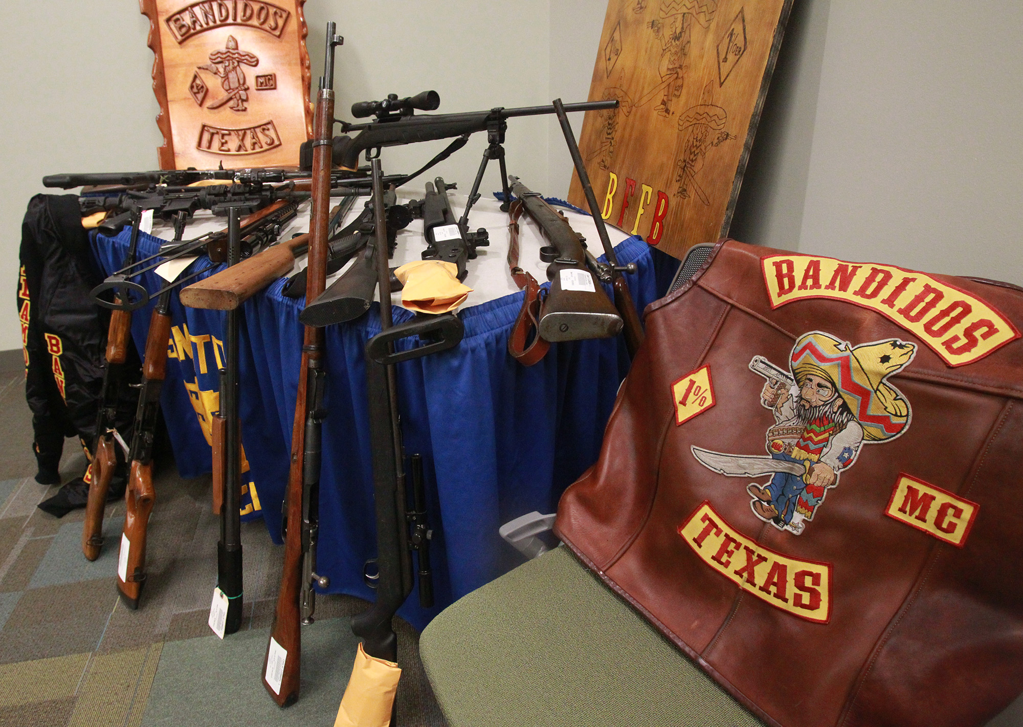 Bandidos Caught In Hog Trap San Antonio Express News