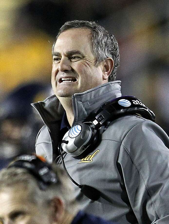 California head coach Sonny Dykes react on the sidelines against Oregon State during the second half of an NCAA college football game in Berkeley, Calif., Saturday, Oct. 19, 2013. (AP Photo/Tony Avelar) Photo: Tony Avelar, Associated Press