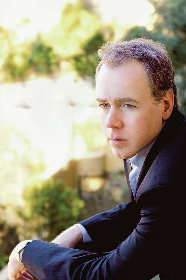 """FILE-This undated file photo shows Bret Easton Ellis. Ellis's novel """"American Psycho"""" will be made into a Broadway musical, with """"Spring Awakening"""" composer Duncan Sheik writing the music and lyrics. (AP Photo,Courtesy of Ian Gittler,File) Photo: Anonymous, HO / AP"""