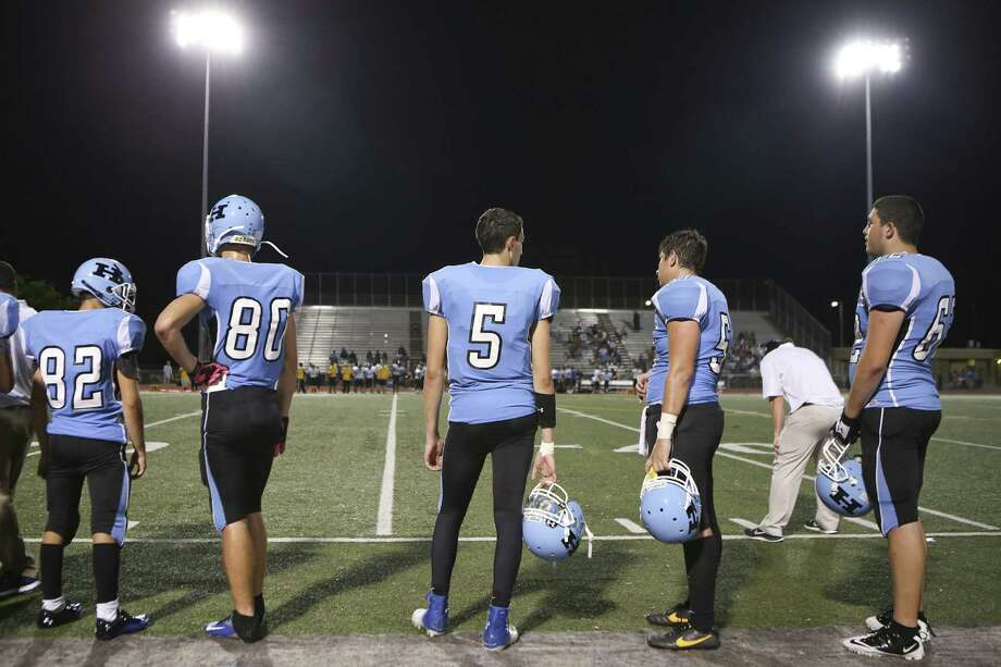Scheck Hillel Community School in North Miami Beach, Fla., is one of the only Jewish religious schools in the nation to play varsity football. Photo: Angel Valentin / New York Times