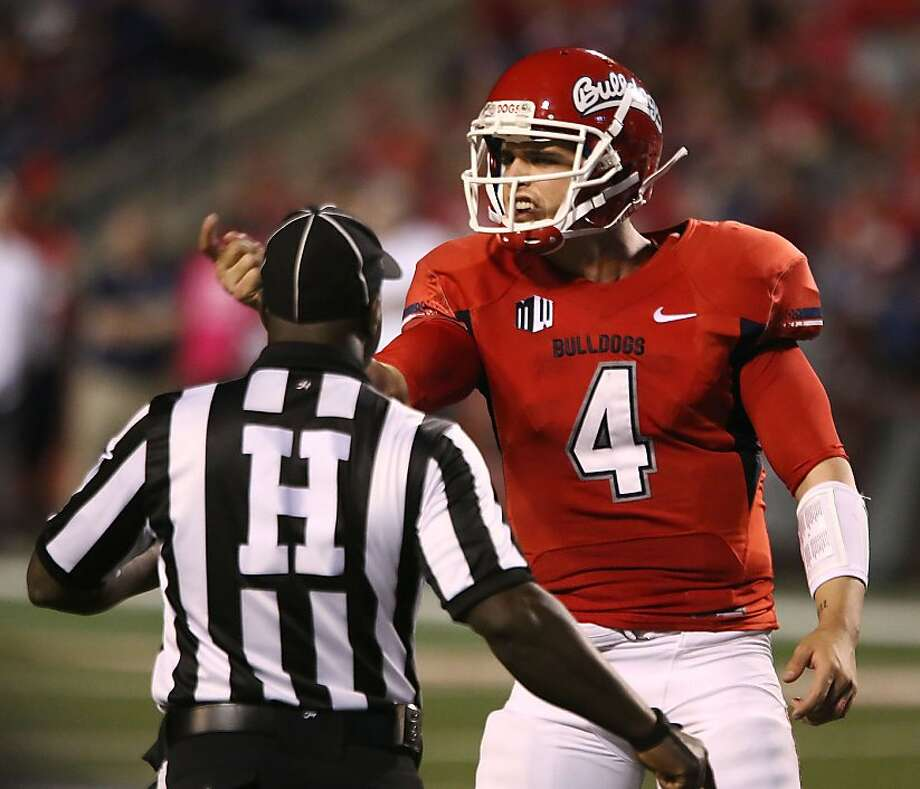 Derek Carr ranks second nationally with 379.8 yards passing per game and 23 TDs. Photo: Gary Kazanjian, Associated Press