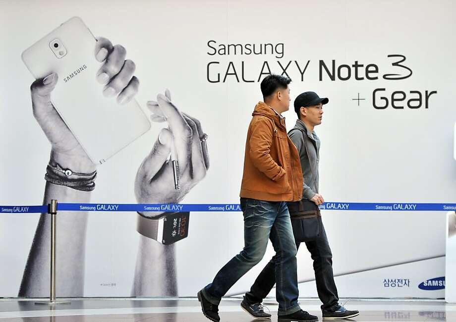 Samsung has based most of its devices on Google's Android operating system. Photo: Jung Yeon-je, AFP/Getty Images