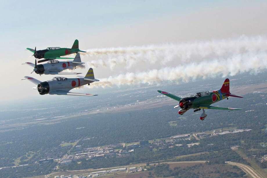 Exhibition Japanese aircrafts of the TORA Squadron fly in formation the day before the opening of the Wings Over Houston. Photo: Marie D. De Jes˙s, Houston Chronicle / © 2013 Houston Chronicle