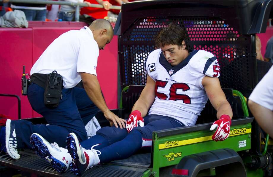 Brian Cushing crushed after a second straight season-ending injury to his left knee and leg. Photo: Houston Chronicle