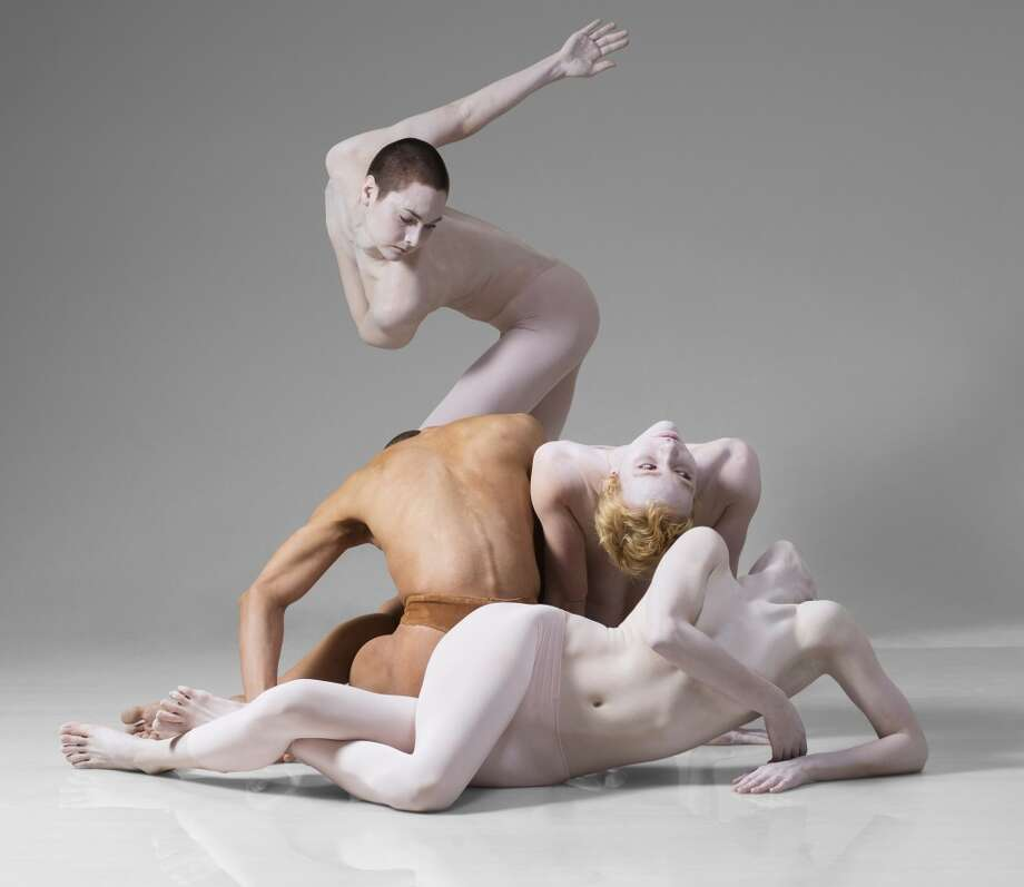 Shen Wei Dance Arts; Photo Lois Greenfield; Courtesy of Jacob's Pillow Dance