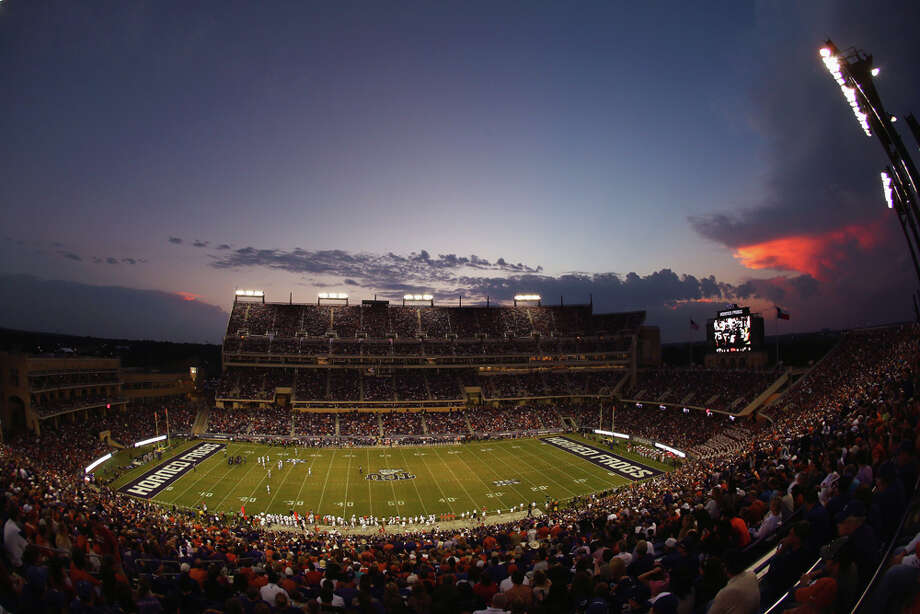 FORT WORTH, TX - OCTOBER 26:  A view as the TCU Horned Frogs take on the Texas Longhorns in the first quarter at Amon G. Carter Stadium on October 26, 2013 in Fort Worth, Texas. Photo: Tom Pennington, Getty Images / 2013 Getty Images