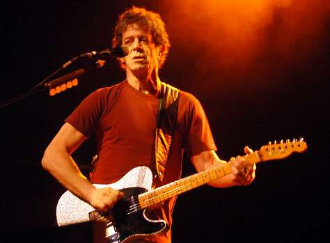 U.S. rockstar, Lou Reed, during his performance at the Old Opera in Frankfurt am main , Germany, Sunday. April 24, 2004. (AP Photo/Bernd Kammerer) Ran on: 11-10-2006 Lou Reed held the crowd's attention at this concert in Frankfurt, Germany. Not so at the Web 2.0 Summit. Ran on: 11-10-2006 Photo: Bernd Kammerer, AP