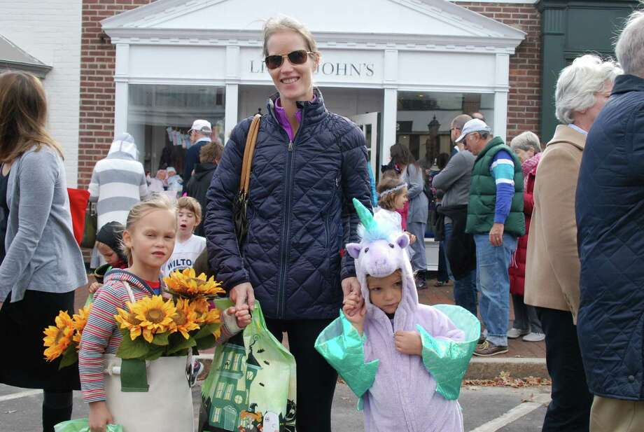 Were you SEEN at New Canaan's Halloween parade on Sunday, Oct 27th? Photo: BarkeyPowell/Hearst Connecticut Media Group
