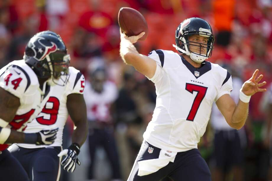 Case Keenum throws a pass during warmups. Photo: Brett Coomer, Houston Chronicle