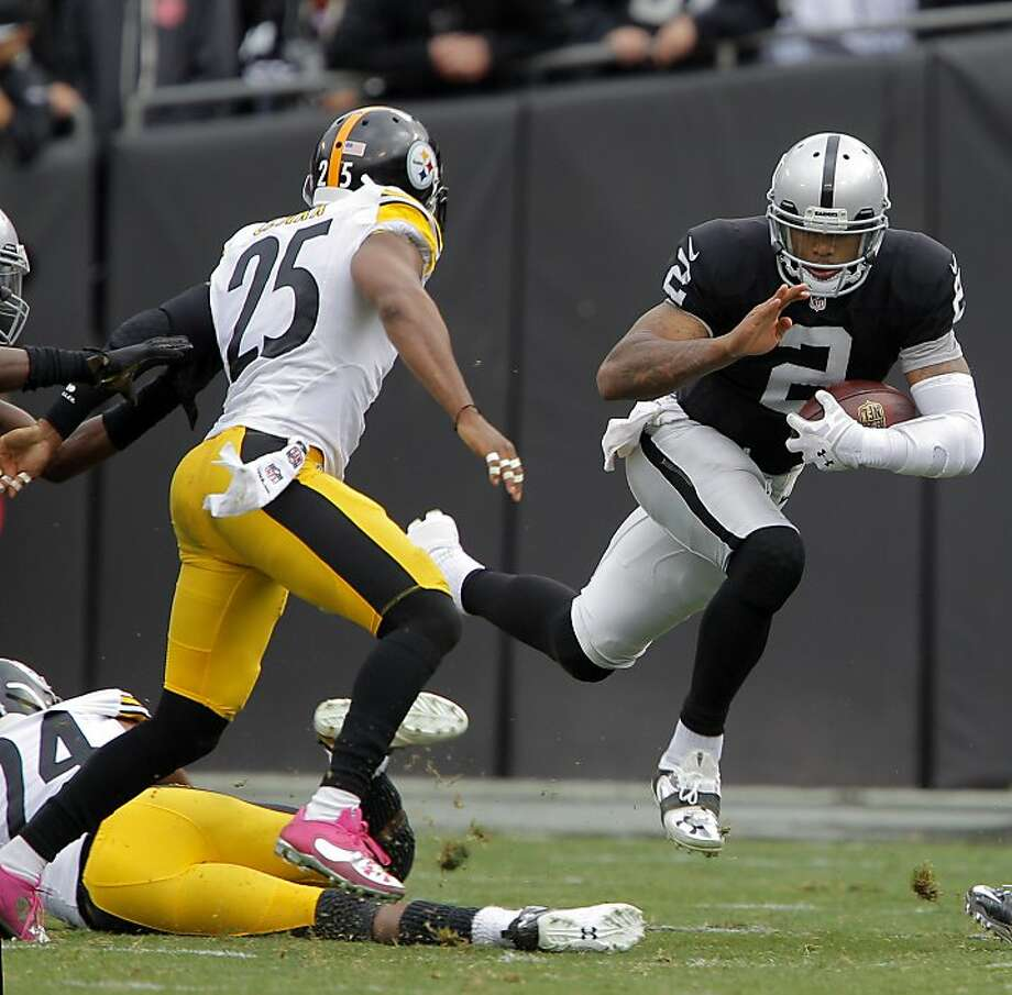 Terrelle Pryor started in three of the Raiders' four wins this season. Photo: Carlos Avila Gonzalez, The Chronicle