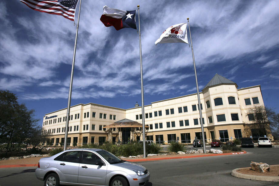 Comal County hired architects to design a possible reconfiguring of the former Scooter Store building in New Braunfels. Photo: Tom Reel / San Antonio Express-News