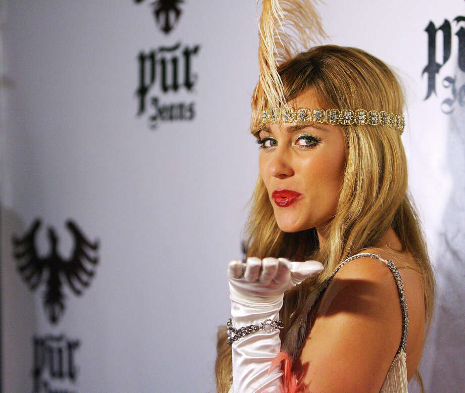 Lauren Conrad arrives to the PUR Jeans Halloween Bash held at STK and Coco De Ville on October 31, 2008 in West Hollywood, California. Photo: Michael Tran, FilmMagic / 2008 Michael Tran