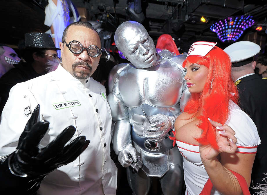 (L-R) Ice-T, Seal and Coco attend the Heidi Klum's Halloween Party presented by AOL and Absolut Vodka at Lavo on October 31, 2010 in New York City. Photo: Michael Loccisano, WireImage / WireImage