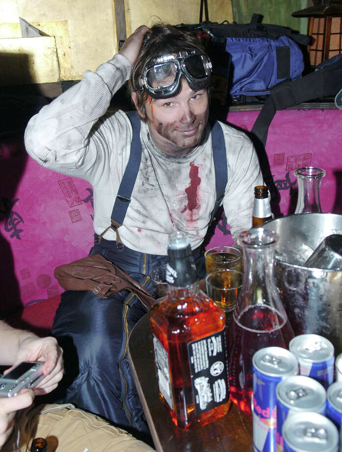 Josh Hartnett during 2005 Halloween Misfits Party at Hiro in New York City, New York, United States. Photo: Djamilla Rosa Cochran, WireImage / WireImage