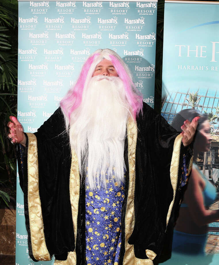 Perez Hilton as Dumbledore during a Halloween party on October 31, 2007 at The Pool at Harrah's Atlantic City in Atlantic City, New Jersey. Photo: Tom Briglia, FilmMagic / FilmMagic