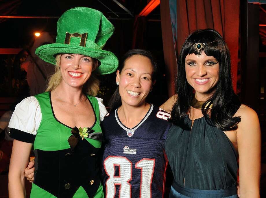 From left: Katie Flaherty, Ting Bresnahan and Lindley Arnoldy at the Saints and Sinners party Photo: Dave Rossman, For The Houston Chronicle