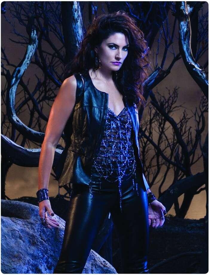 "Madchen Amick as Wendy Beauchamp in ""Witches of East End."" Photo: Lifetime"