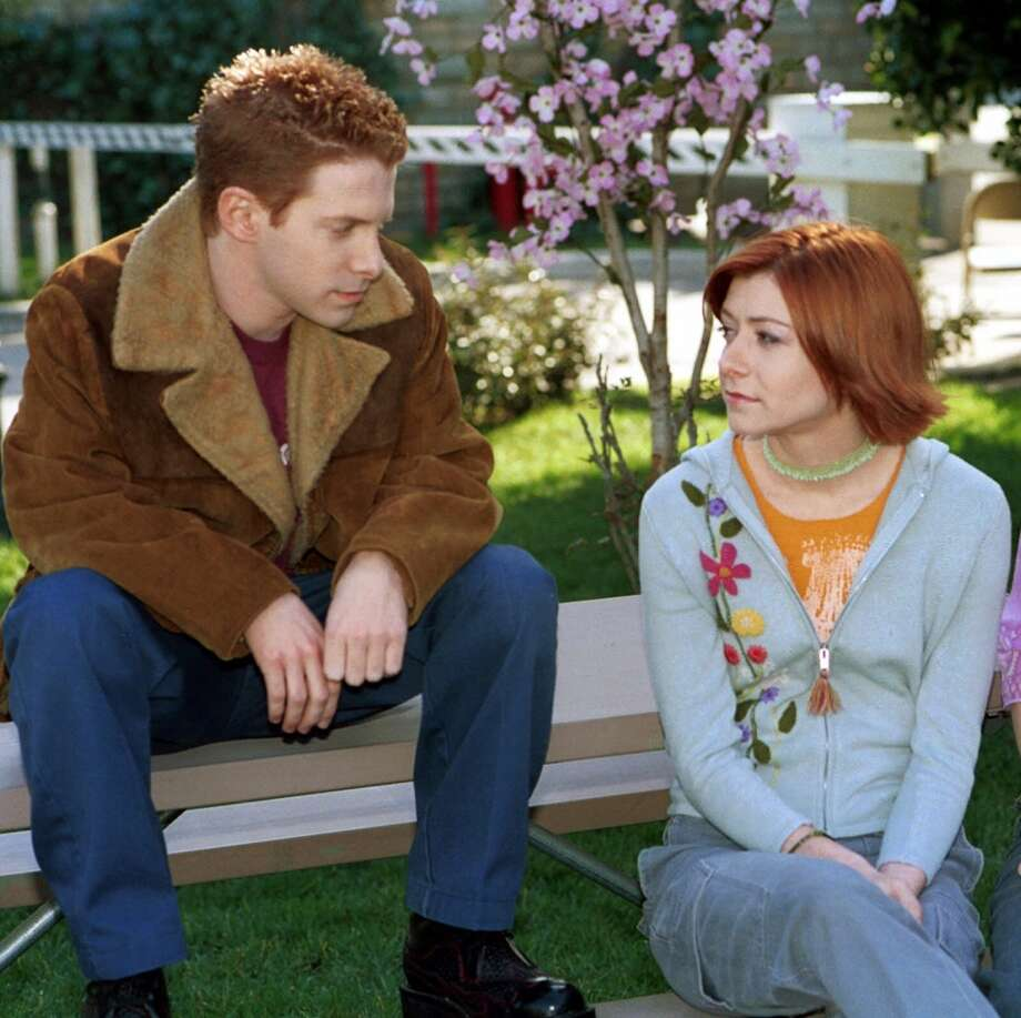 "Willow (Alyson Hannigan) and Oz (guest star Seth Green) on ""Buffy the Vampire Slayer."" Photo: THE WB/RICHARD CARTWRIGHT, TLP"