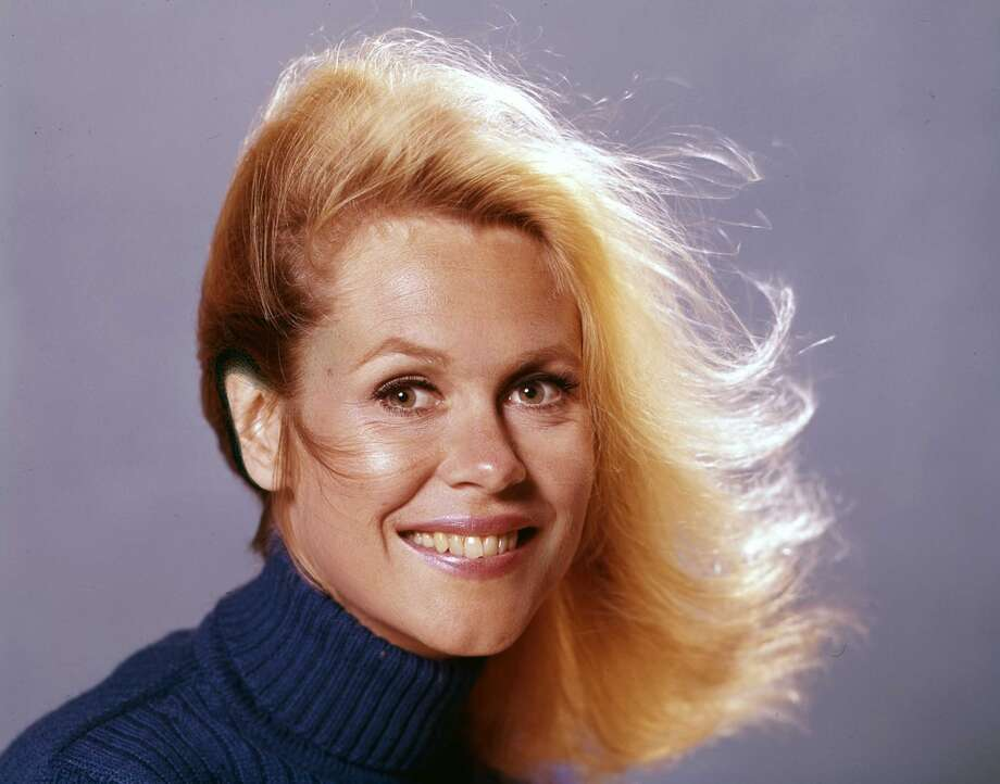 "Elizabeth Montgomery as Samantha in ""Bewitched,"" 1971. Photo: ABC Photo Archives, ABC Via Getty Images"