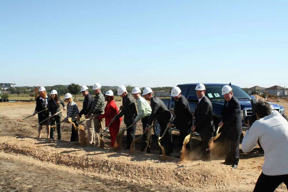 The Gunn Automotive Group broke ground last year on a 50,000-square-foot Buick and GMC dealership at the Interstate 35 North exit in Selma near the Schertz city limits. 