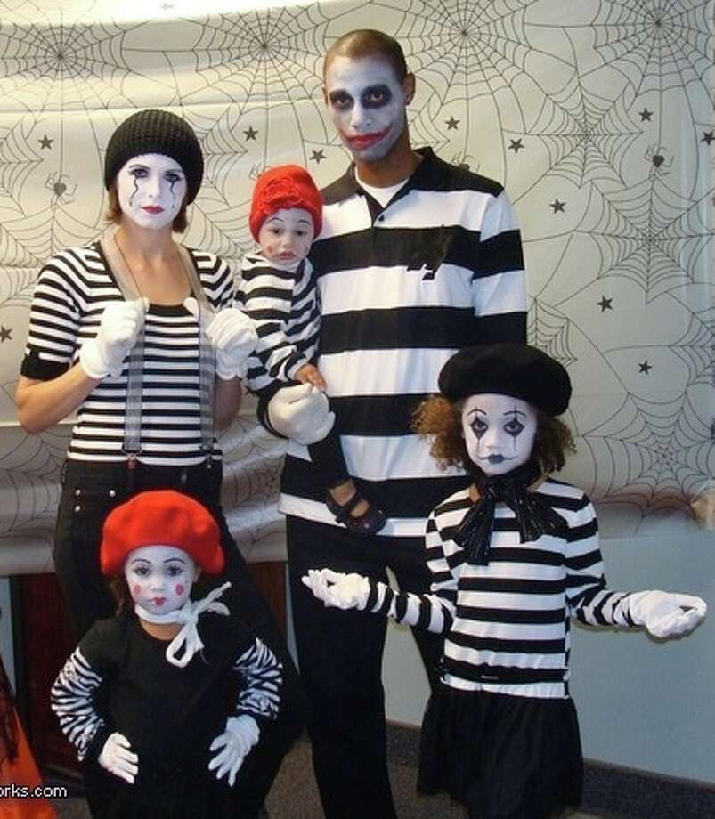 Family of mimes Photo: