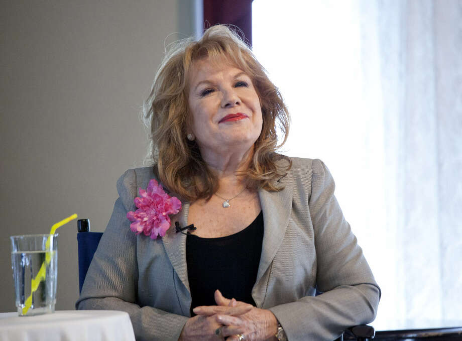 "Vikki Carr talks about her life and career during ""Viva her Vida: A Conversation with Vikki Carr"" at The Woman's Club of San Antonio. Photo: Jamie Karutz / For The San Antonio Express-News"