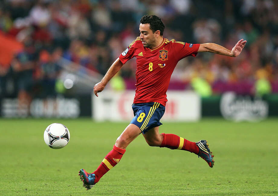 Xavi (Spain) Photo: Alex Livesey, Getty Images / 2012 Getty Images
