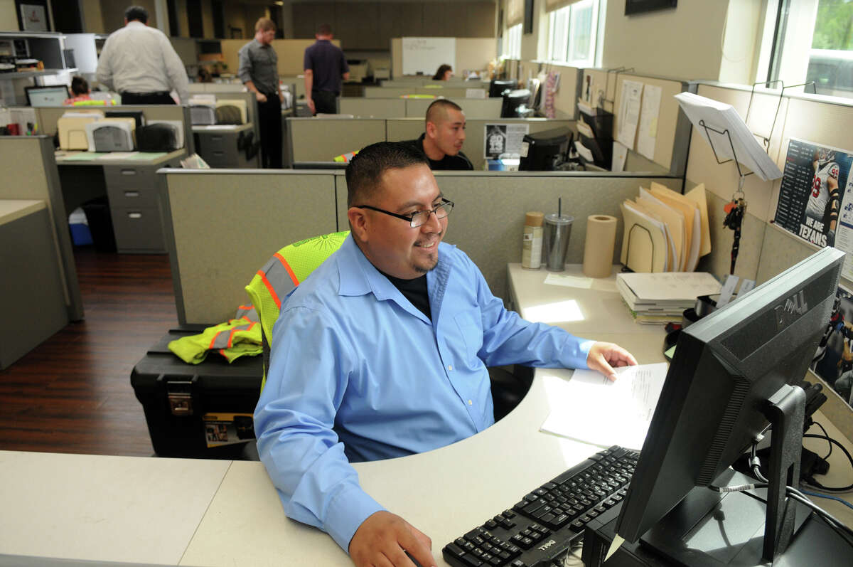DGM Services, Inc. (DGM) DG Specialist Sam Peredo puts his game face on at one of Houston's top work places.