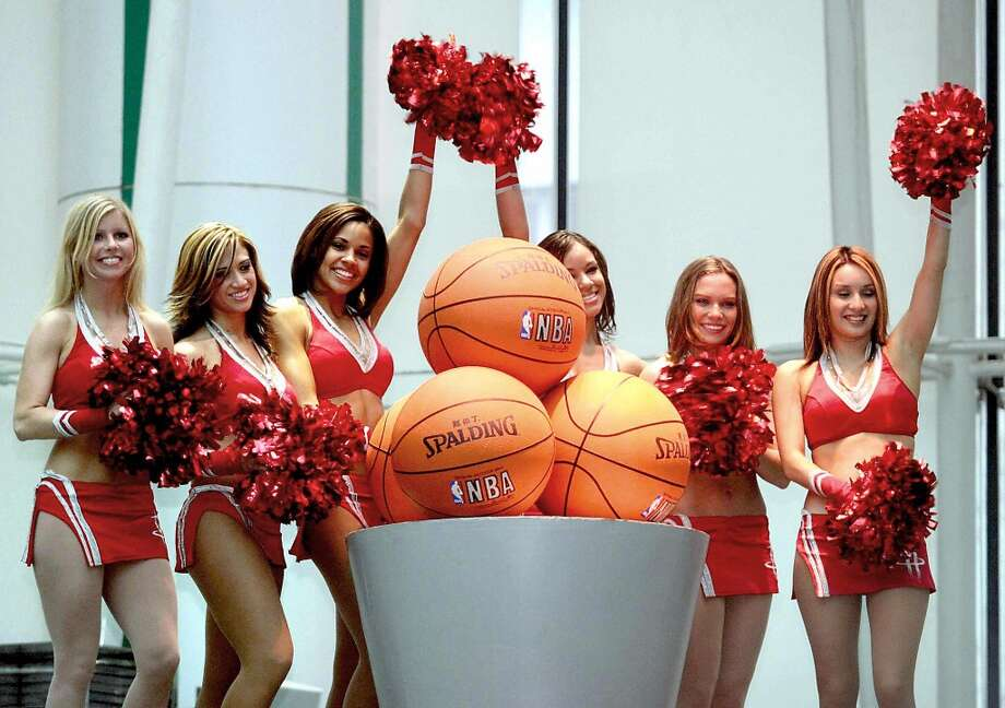 Houston Rockets Power Dancers, 2003 Photo: AFP, AFP/Getty Images