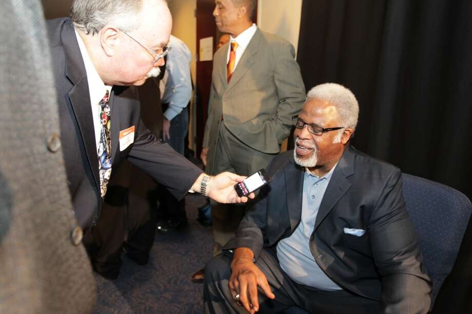Former Oilers running back Earl Campbell at the memorial for Bum Phillips. Photo: James Nielsen, Houston Chronicle