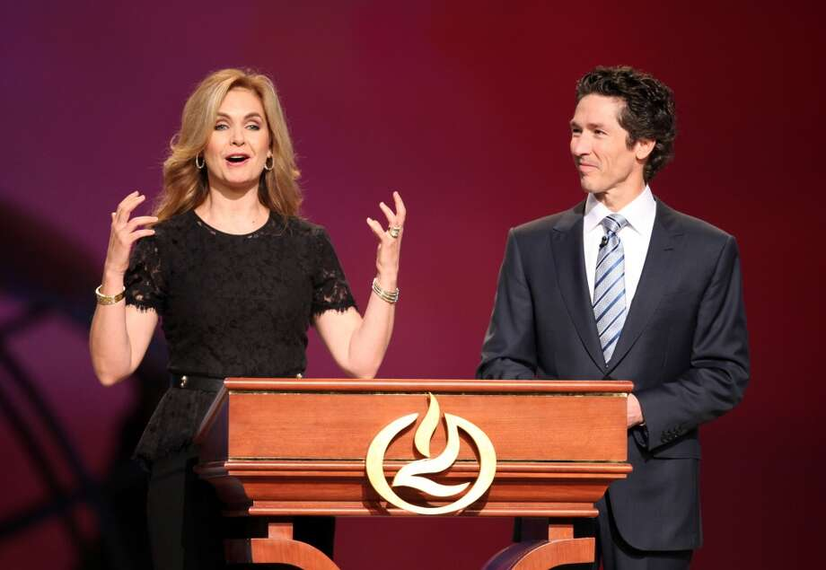 "Victoria Osteen  ""To the family thank you for sharing Bum Phillips with the world.""  Photo: Mayra Beltran, Houston Chronicle"