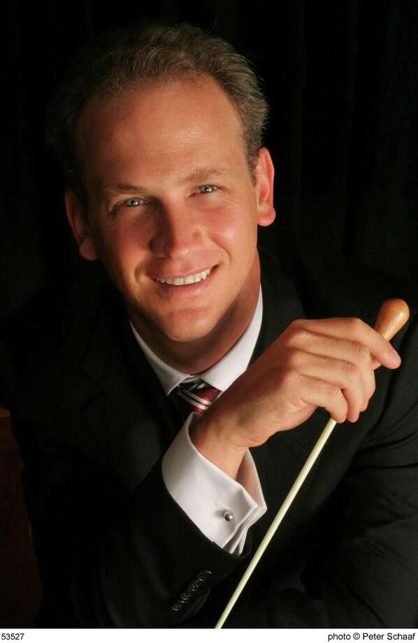 Carlos Miguel Prieto will conduct the Houston Symphony in Jones Hall. Photo: Peter Schaaf