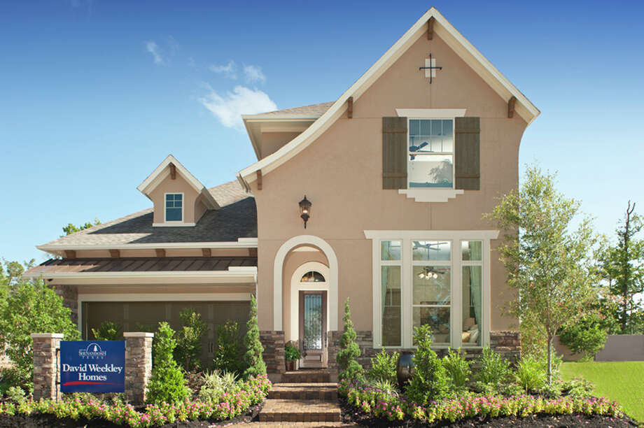 Luxury homes ranging from 2,900 to more than 3,500 square feet are priced from the $550,000s to the $600,000s. For a limited time, buyers can take advantage of the employee pricing program on select showcase homes in the community.