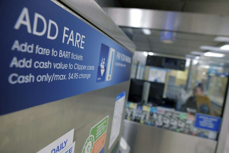 A Richmond woman says her 11-year-old son was denied entry to BART when his fare was 40 cents short. Photo: Carlos Avila Gonzalez, The Chronicle