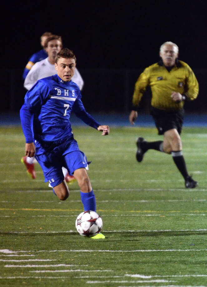 Brookfield's Austin DaSilva (7) controls the ball during the SWC boys soccer final against Newtown at Bunnell High School in Stratford, Conn. on Wednesday, Oct. 30, 2013. Photo: Amy Mortensen / Connecticut Post Freelance