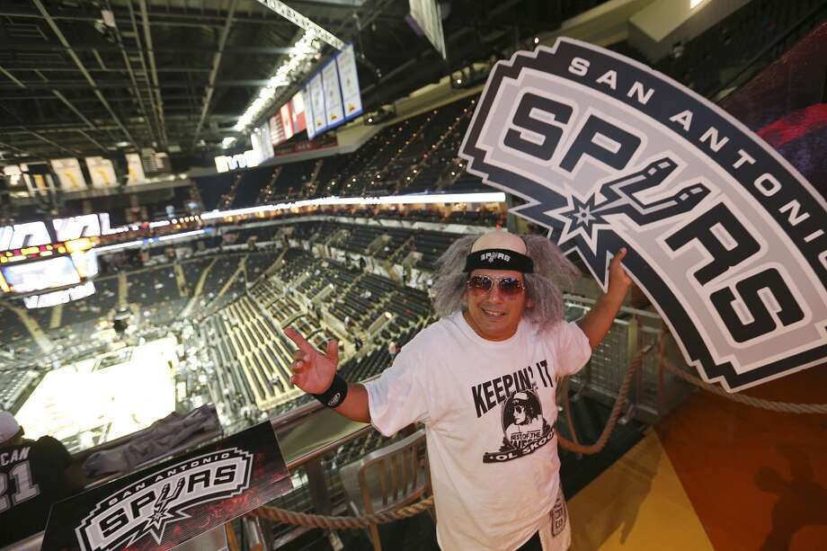 Mario Sosa, 42, arrives early for the San Antonio Spurs the season opener against the Memphis Grizzlies at the AT&T Center, Wednesday, Oct. 30, 2013. Photo: San Antonio Express-News