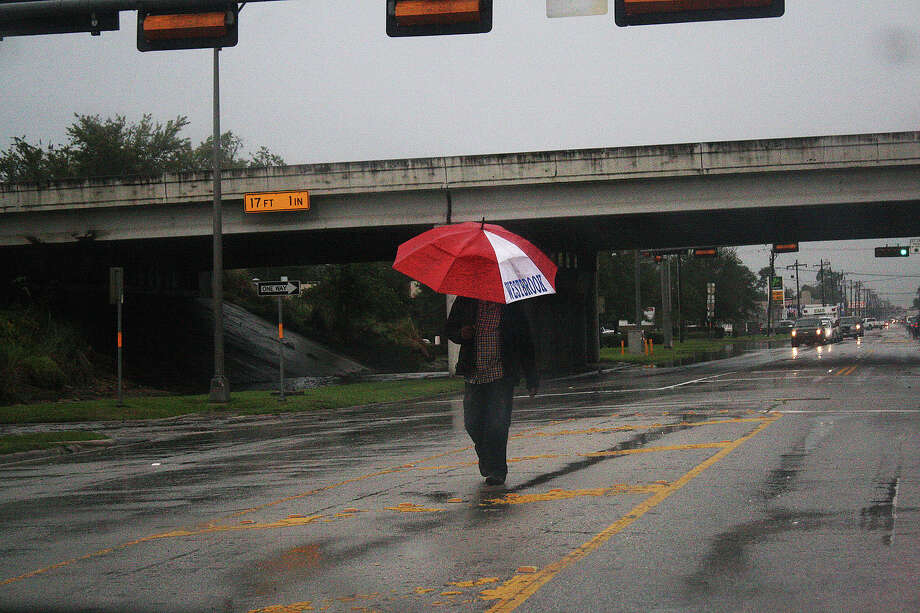 Heavy rains made for some interesting -- and harrowing -- commutes in Beaumont. Michael Rivera/The Enterprise