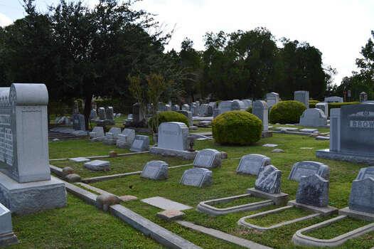 Agudas Achim Jewish Cemetery Photo: Cinde Ramirez/ MySanAntonio.com