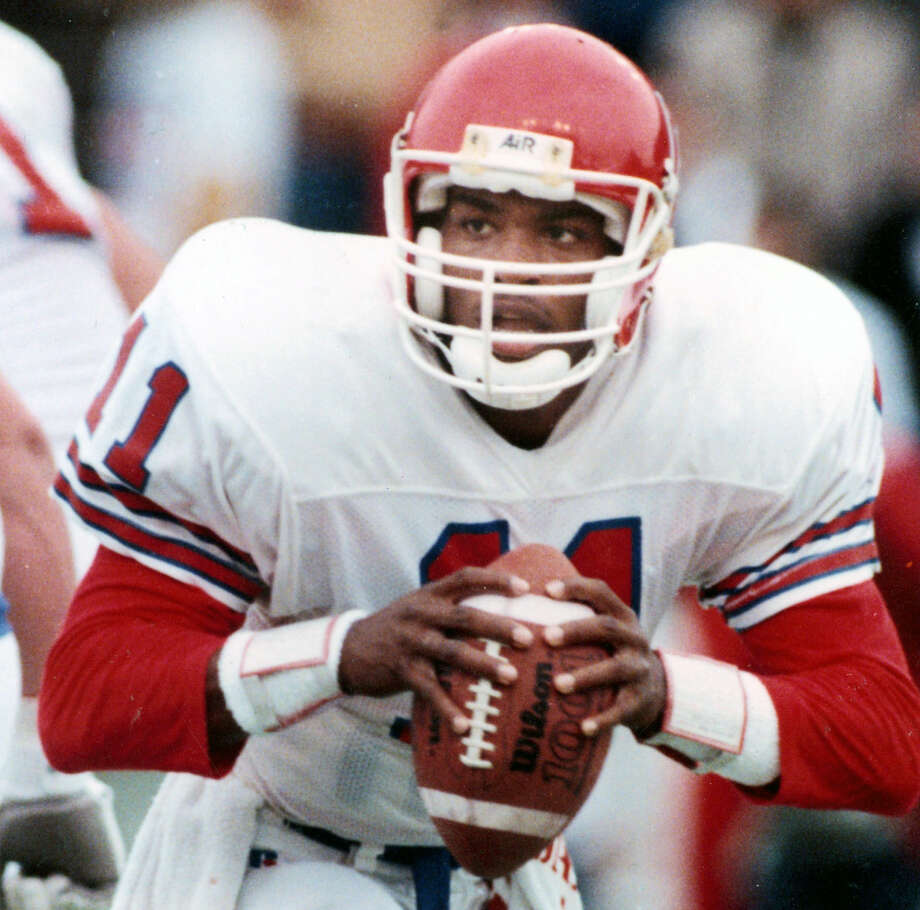 Andre Ware, University of Houston (1987-89)A native of Dickinson, Ware won the 1989 Heisman Trophy at UH, throwing for 4,699 yards and 46 TDs. He played in 14 NFL games in four seasons with the Detroit Lions. He is a member of the College Football Hall of Fame and Texas Sports Hall of Fame. Photo: Houston Chronicle / Houston Chronicle