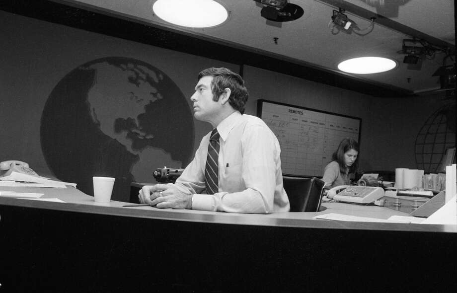 Dan Rather in the newsroom.  Image dated January 25, 1974. Photo: CBS Photo Archive, CBS Via Getty Images