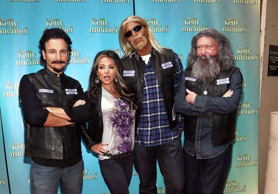 "Executive  producer Michael Gelman, Kelly Ripa, Michael Strahan and production Executive Art Moore attend the ""LIVE with Kelly and Michael"": Best Halloween Show Ever Photo: Paul Zimmerman, WireImage / 2013 Paul Zimmerman"